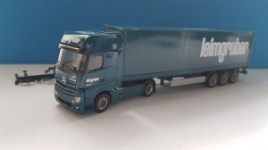Herpa 935920 Mercedes-Benz Actros Gigaspace 40 ft. container Leimgruber (CH) 1:87
