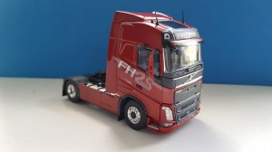 Tekno 74503 Volvo FH04 Globetrotter 4x2 - 25 Years Globetrotter 1:50