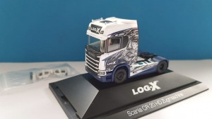 Herpa 111034 Scania CR 20 HD Log-X / No Limit (CZ) 1:87