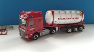 Herpa 932240 DAF XF SC 24ft Tankcontainer Lugmair (A) 1:87 H0